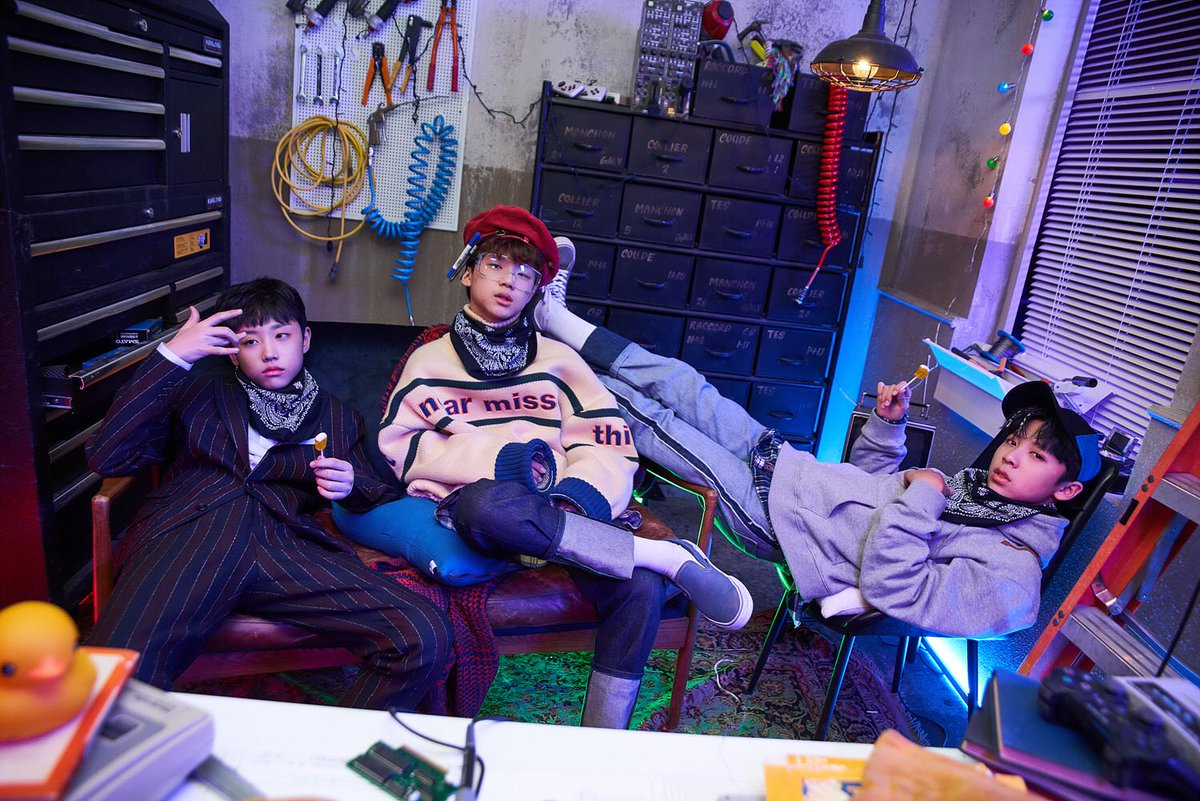Jo Woo Chan, Park Hyun Jin, and A Chillo...