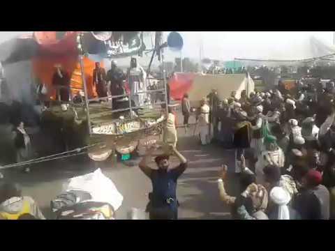 یہ دونوں اسلام اآباد کی تصویریں ہیں اپنی...