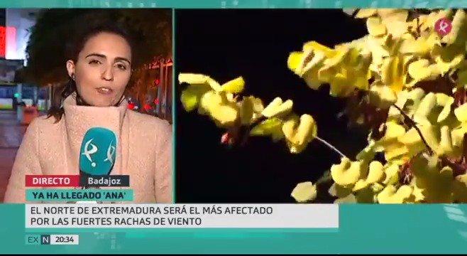 La #BorrascaAna ha llegado para quedarse... unas horas. De momento se nota más el viento, pero esta madrugada la protagonista será la lluvia. Mira➡️👇 #EXN https://t.co/RBnUU5xioa