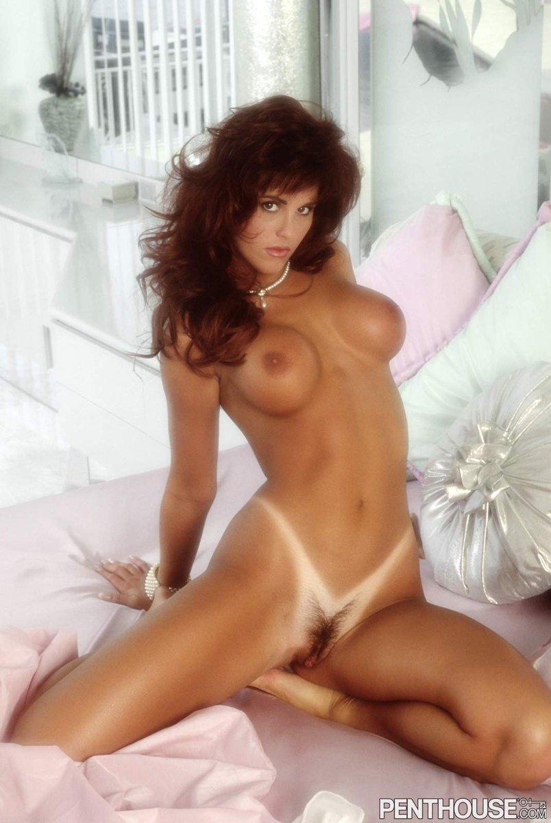 midget-gina-lamarka-lingerie