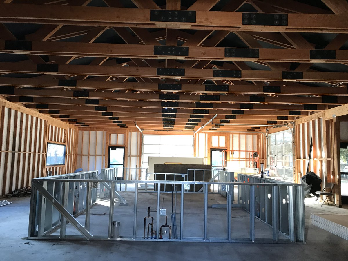 And the construction continues for @OOBBC Craft Kitchen and Biergarten Folsom.  Opening March 2018.  #Folsom #craftbeer<br>http://pic.twitter.com/2vwhkwfEqo