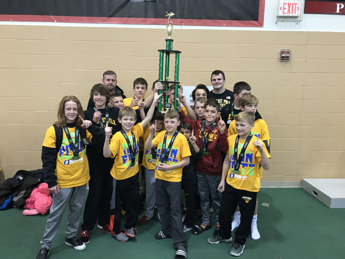 Team Champs Saturday at the Iron Elite National Dual Tournament in Grinnell.  Yellow shirts indicate 4 wins or more on the day!  🥇👍 https://t.co/u0fNdJ1oEK