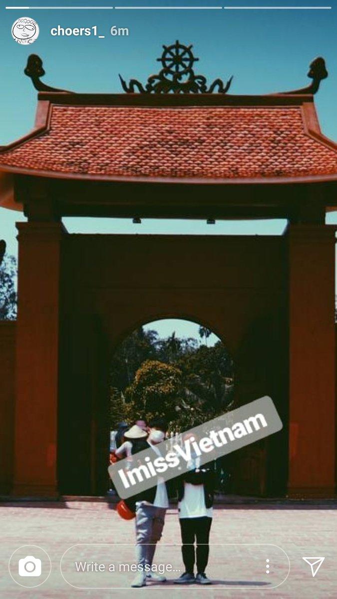 RT @SuriwanL: #YGTrainee IG story update 😊 #YG Raesung นางมากะไอคอนคราวที่แล้วจริงด้วย #iKON #BLACKPINK #WINNER https://t.co/V9yQPwPUvd