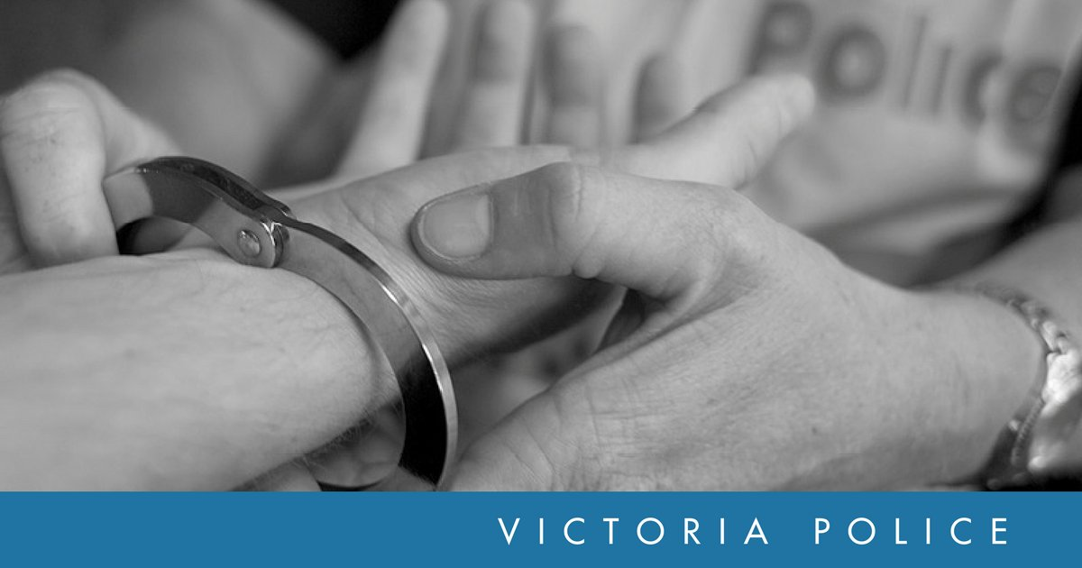 Ballarat Divisional Response Unit members arrested a pair following a search warrant at a house in Miner's Rest this morning. Details → https://t.co/MBFWFrUpfq