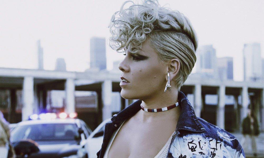 #ARIACharts: @Pink's Beautiful Trauma holds #1 for sixth week: https://t.co/64GiRQoTb3