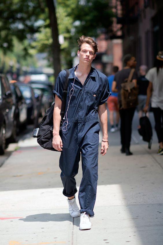 RT @Arting_2D: 점프슈트를 입은 남성 #점프슈트 #남성 #패션 #디자인 #자료 #아트인지 #Jump #Suit #Male #Fashion #Design #Reference #ArtInG https://t.co/JyqZubJCL0