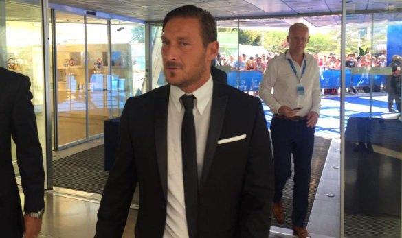 """Shakhtar-Roma, il commento di Totti: """"Per quello che c'era è andata bene"""" - https://t.co/PowJUI8ZJb #blogsicilianotizie #todaysport"""