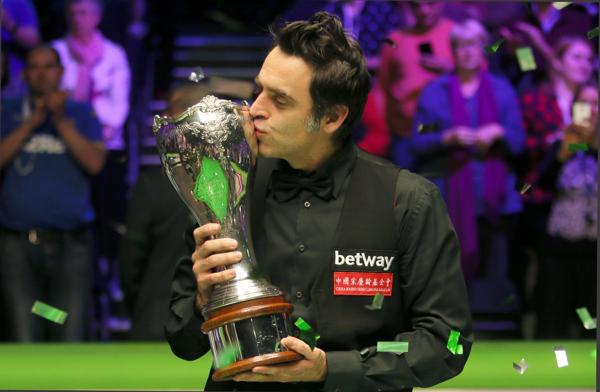 #ICYMI Ronnie O'Sullivan equalled Steve Davis' six UK Championship titles when he beat Shaun Murphy 10-5 in York.   🚀Title wins:   🏆1993 🏆1997 🏆2001 🏆2007 🏆2014 🏆2017