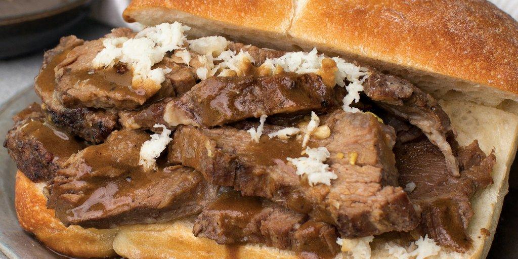 Omaha Steaks Prime Rib Sandwich: https://t.co/MhxnNT0mT7 Tender #primerib + horseradish & a comforting beef au jus = 🤤  #steaklife