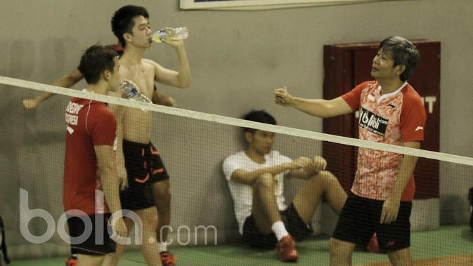 Herry IP: 100 Persen Kevin / Marcus Juara BWF Super Series Finals https://t.co/cvZVuneE8k https://t.co/4a9dJlXKWJ