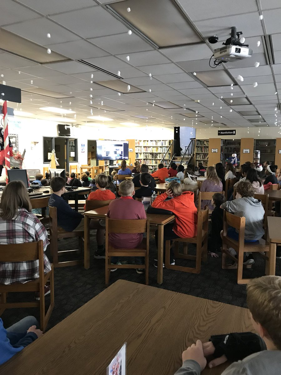 Full house at our Google Hangout with Thandiwe Mweetwa. Thanks Jeff Richardson &amp; Marcus Johnson for bringing this experience to our students. Zambian wildlife biologist and conservation educator bringing the world to us. #relevant #engaged #HCSStrong<br>http://pic.twitter.com/t6BYchv04y