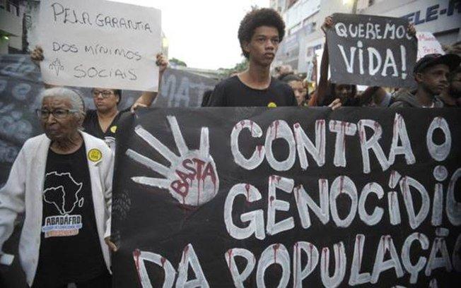 No Brasil, ser jovem e negro aumenta em quase 3 vezes o risco de ser assassinado → https://t.co/hRnGTdLusr