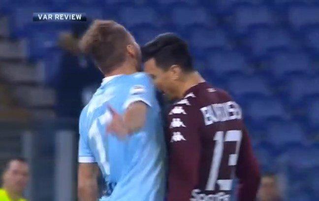 Lazio-Torino, arbitro guarda il video per decidere se dare rigore: espelle ... - https://t.co/GzU9G5q01w #blogsicilianotizie #todaysport
