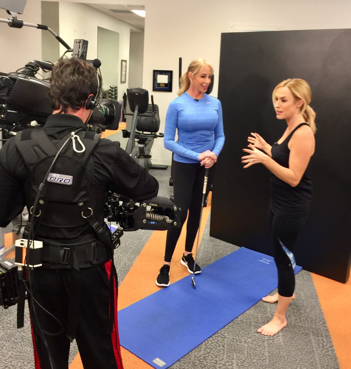 Katherine Roberts On Twitter It S A Wrap More Yoga For Golfers Tips Are In The Can For Gcmorningdrive Thanks To Lthompsongc For Making Me Look Good Yoga Golf Tpi Https T Co Qowydstorq