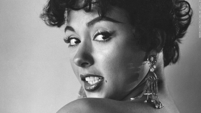 Happy Birthday Puerto Rican Rita Moreno. That makes her, yes, a US Citizen!