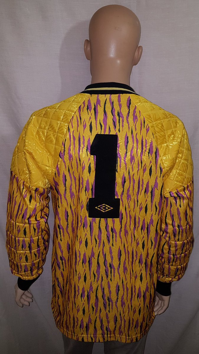 ... https   www.topcornershirts.co.uk  p prd2 4662898562 product 1991-92- 1992-93-tottenham-hotspur-goalkeeper-shirt … 3675202d5