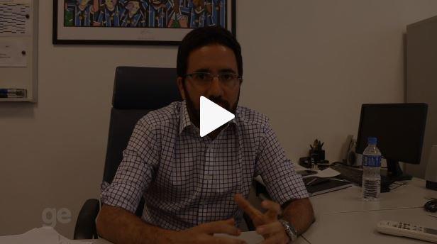 Executivo do Grêmio fala sobre segredos do Tri, tratativas e planejamento para 2018; confira entrevista => https://t.co/aYtzUp14gi