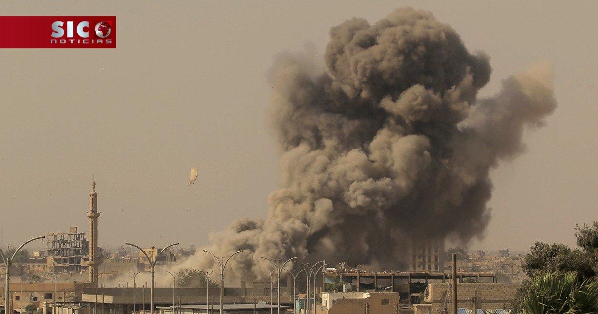 Bombardeamentos da aviação russa provocaram 15 mil mortos na Síria https://t.co/PqeJX6uZra
