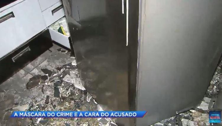 Jovem morre em incêndio e família desconfia do ex-namorado da vítima #CidadeAlerta