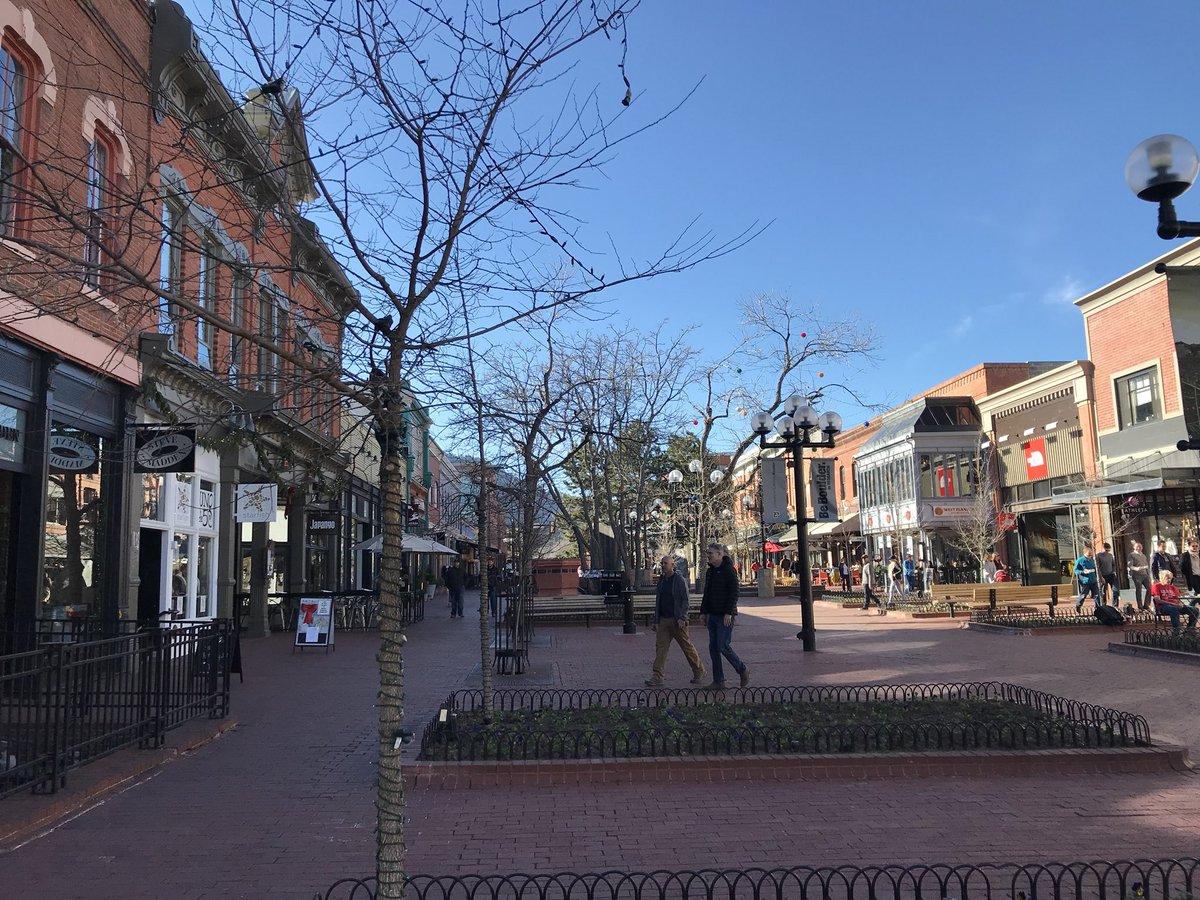 Blue sky.  No #snow in #Boulder on the mall @DenverChannel #Colorado #cowx