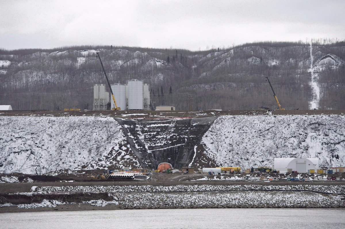 UPDATED: B.C.'s New Democrat government will continue building the Site C dam, choosing to finish the contentious project started by the previous Liberal government rather than pull the plug mid-construction. https://t.co/GdHhjStT6c #SiteC #BCpoli