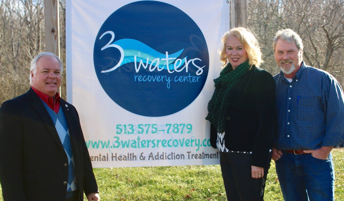 Senator @jwuecker met recently with Three Waters Recovery Center, an addiction treatment & counseling practice in Goshen, OH, to discuss efforts to combat the  and#OpioidCrisis help people on the path to recovery.