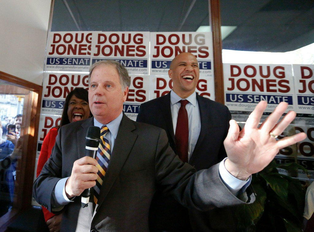 Doug Jones makes his final pitch to black voters as Roy Moore remains in hiding https://t.co/0l2BATXFaU