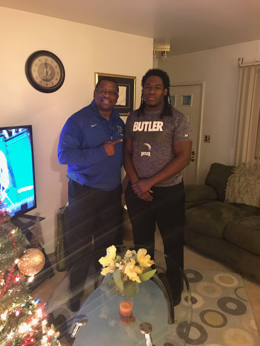 Good in home visit with Memphis @CoachPRandolph it's a true blessing! 🙌🏾🤔👀🤐
