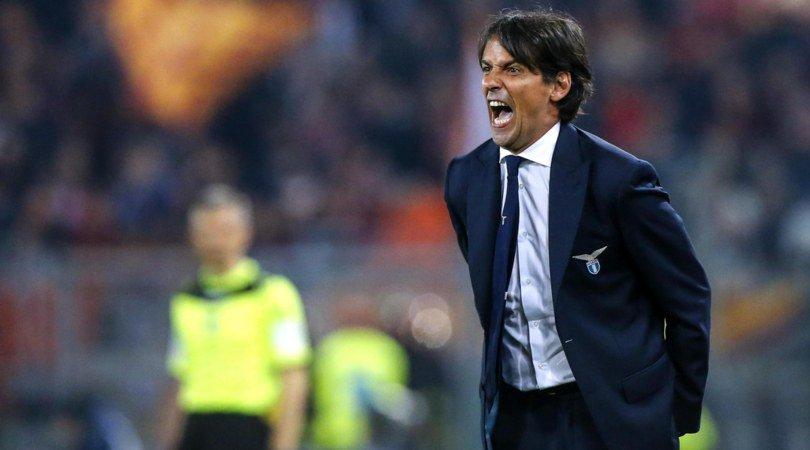 """La Lazio non ci sta e grida al complotto: """"Giochiamo 11 contro 12, è uno scandalo"""" - https://t.co/JOzxjIrFeK #blogsicilianotizie #todaysport"""
