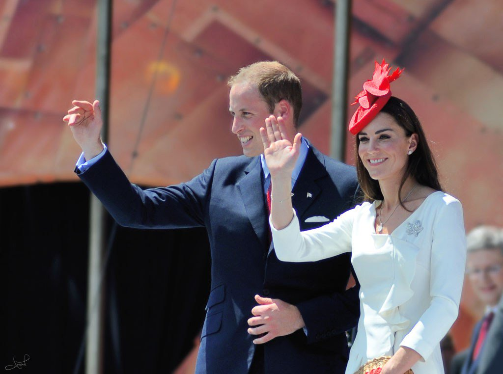 RT @RoyalCentral: Date set for William and Kate's visit to Norway and Sweden https://t.co/ofbPCXNjf6 https://t.co/DVdkMeQ6oB