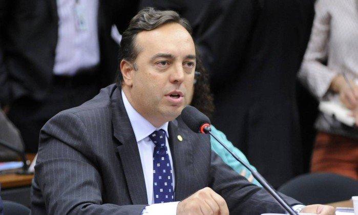 CPI da JBS: Deputados se articulam contra possibilidade de indiciamento de Janot. https://t.co/5QaMdS1MPU