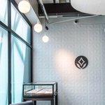 We love the #texturedtiles and #softlight in this @brilliantearth showroom! . . . #wdarch #brilliantearth #brilliantearthdc #cadysalley #branding #tiledwall #3dtiles #architecturaldesign #retaildesign #lightwell #ringshopping #jewelrydisplay #retaildispl… https://t.co/rVXRB87kKj