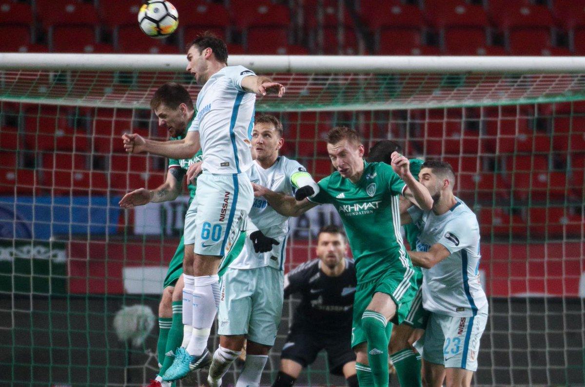 🇷🇺 Premier League Russa   Com quatro argentinos em campo, o Zenit apenas empatou com o Akhmat Grozny, de Léo Jabá e de Ravanelli, por 0x0. Continua na vice-liderança.