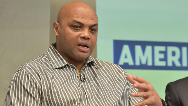 Charles Barkley campaigning for Doug Jones one night before Alabama Senate election https://t.co/d7EOfydb2q