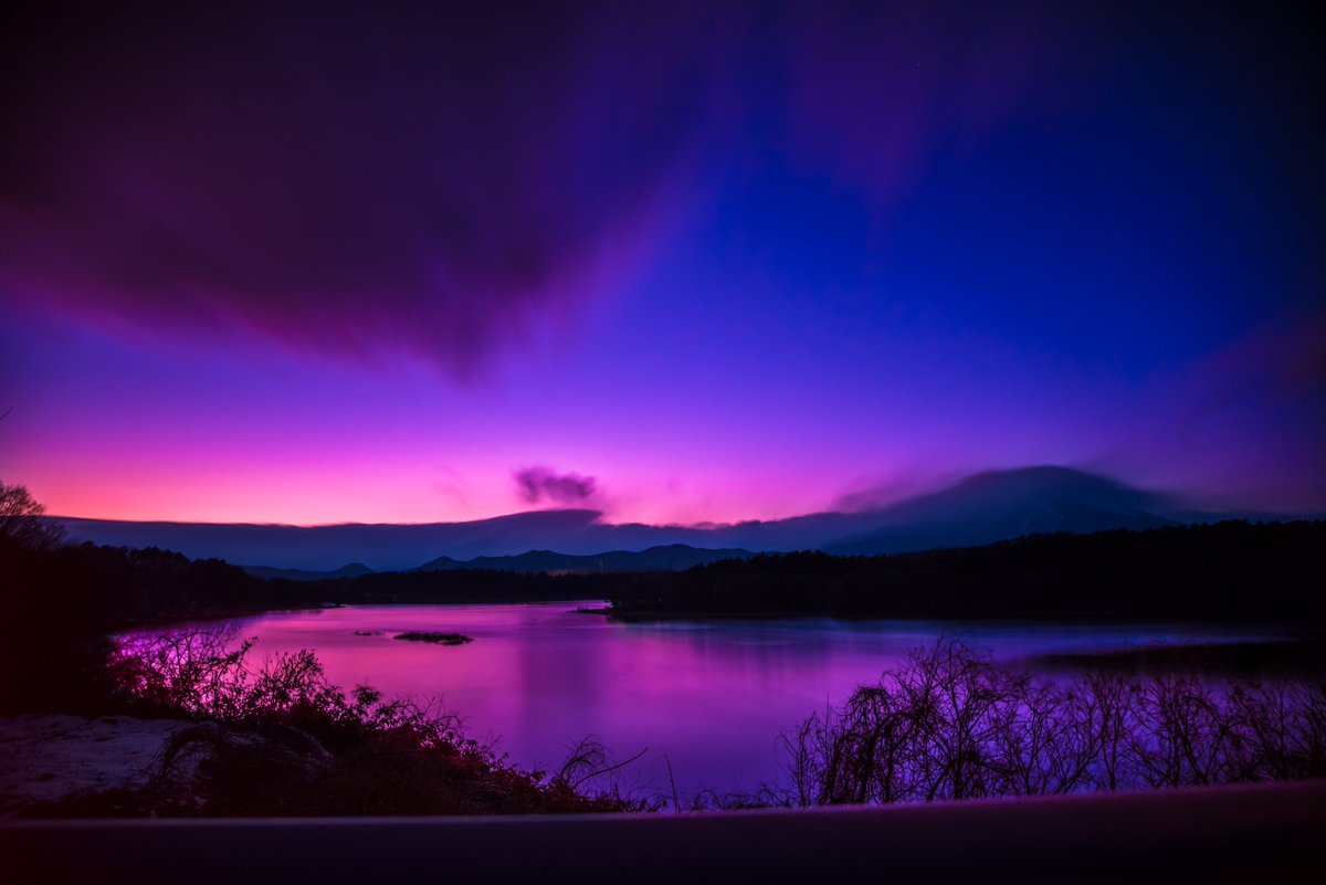 まだあと数日あるけど、選ぶだけ選んでみた。 風景ならこの4枚かなぁ。  #2017年自分が選ぶ今年の4枚 #Nikon #ファインダー越しの私の世界 #おいでよ岩手 #おいでよ盛岡