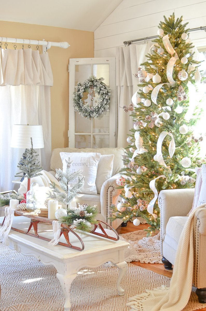 httplittlevintagenestcomneutral farmhouse christmas decor in the front room stockclearance httpbitly2bvns1n trends - Neutral Christmas Decor