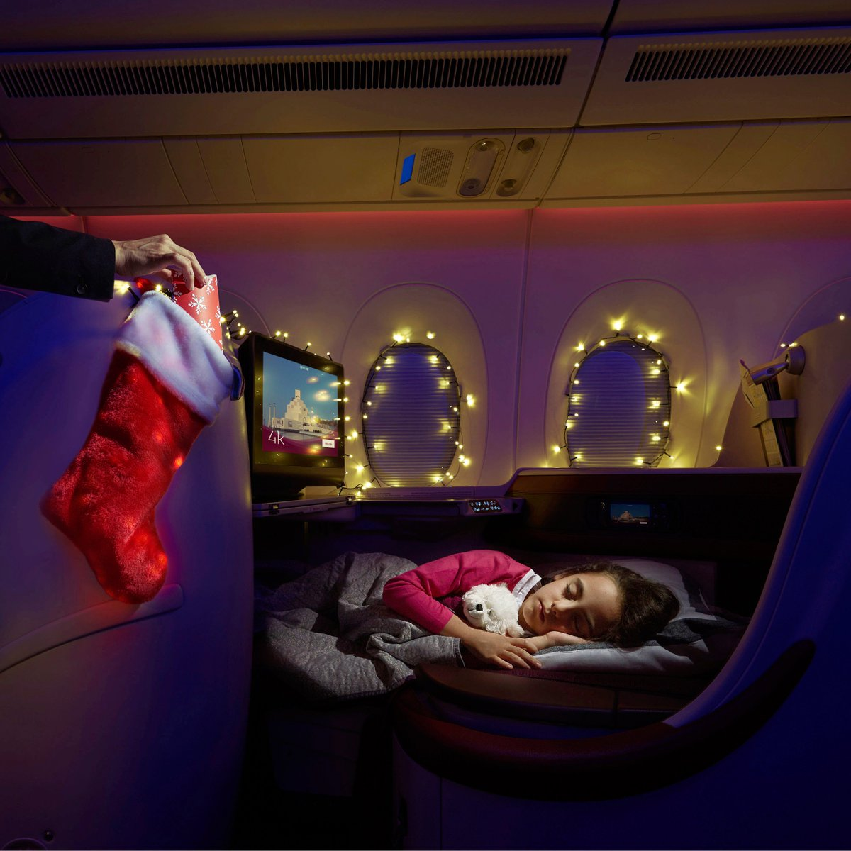 Qatar Airways On Twitter The Best Holiday Gift Is Coming Together