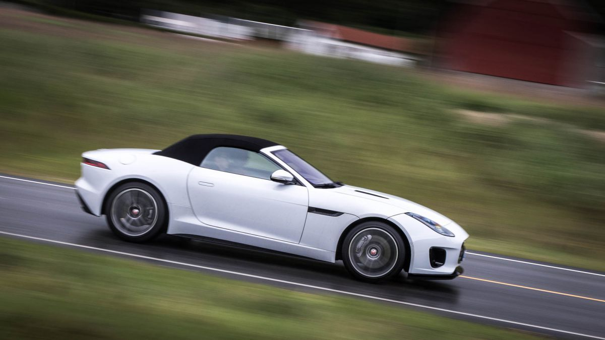Can you believe we actually drove this thing? Jaguar F-Type 2.0-litre is still a pure sports car at heart https://t.co/df8kNFCq9q