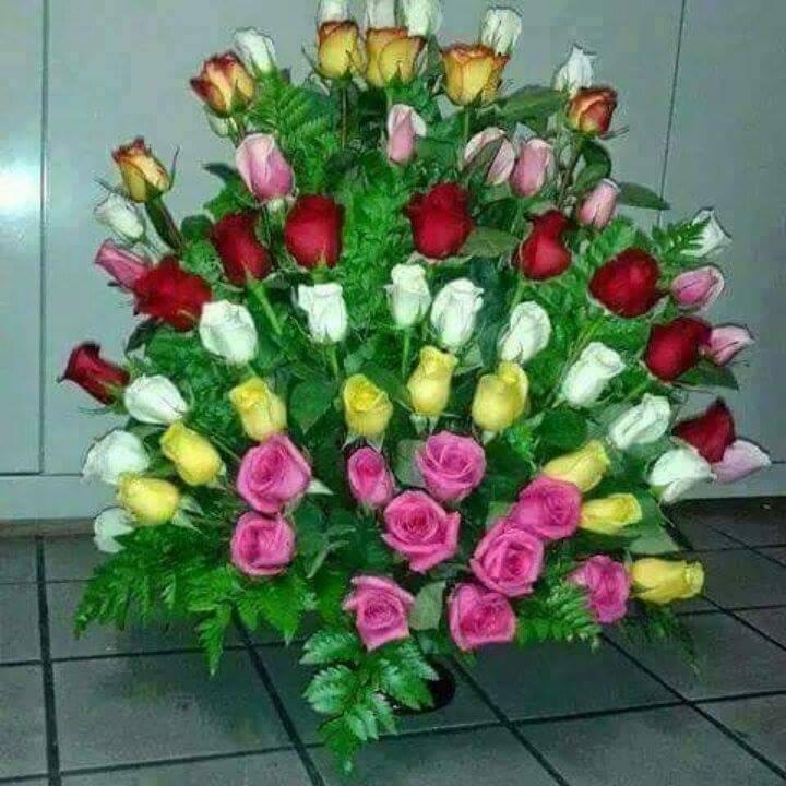 Outstanding Biggest Flower Bouquet Crest - Best Evening Gown ...