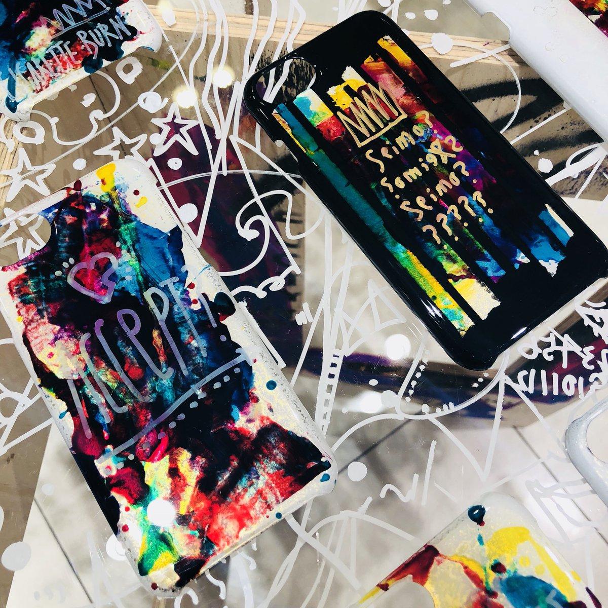 画家、デザイナー、イラストレーター、ペインターと福岡を拠点に様々な活動をしているアーティストMaruの活動の総称 {Cigarette-burns} オンリーショップ福岡PARCOに初登場!(〜12/31) @本館1F 特設会場