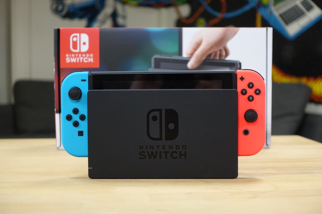 how to pack nintendo switch in case
