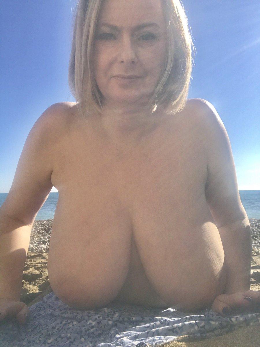Bikini hair ingrown treatment