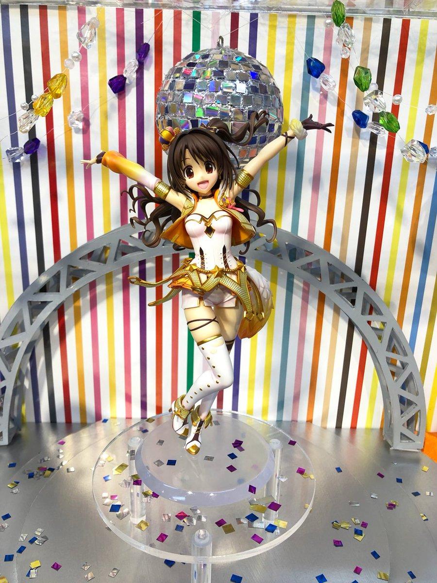 アイドルマスター シンデレラガールズ 島村卯月 パーティータイム・ゴールドに関する画像1