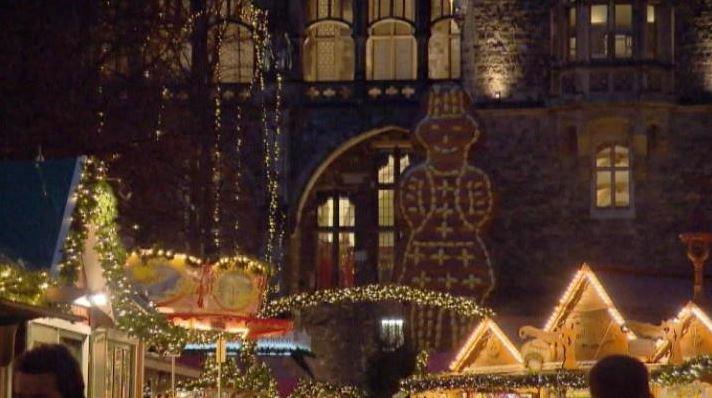 Confira o #Camarote21 especial de #Natal em Aachen, na #Alemanha. https://t.co/50swdjPvnp