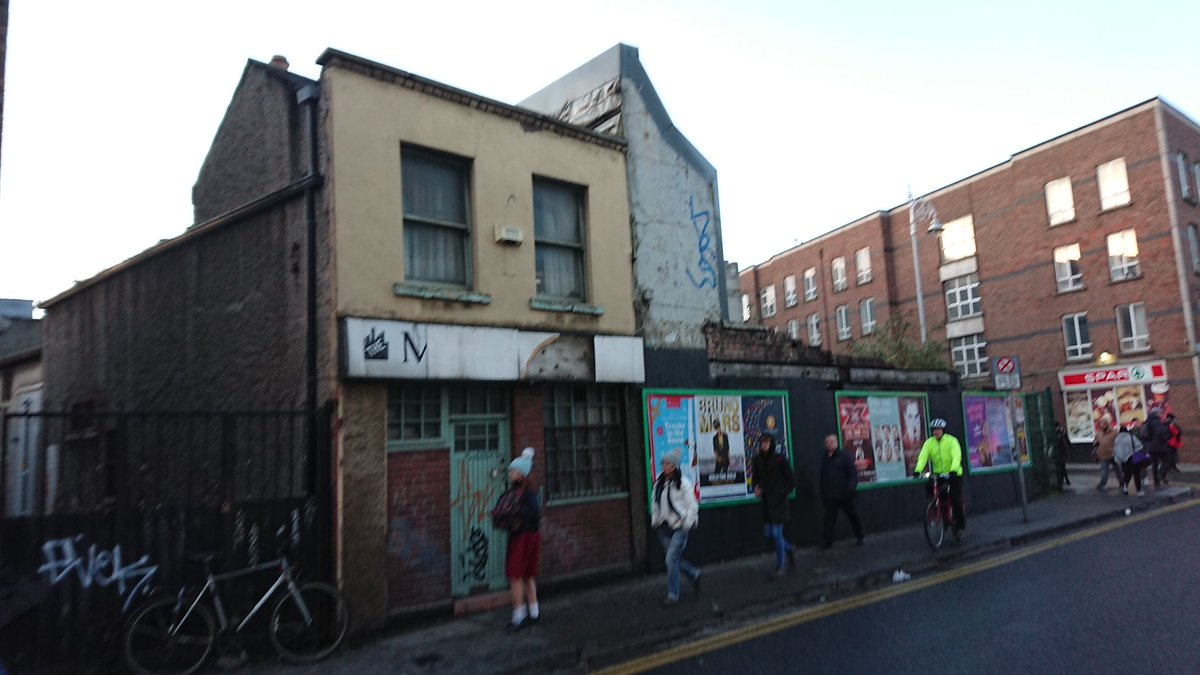 Our #LivingCities bill would address derelict sites such as the old Manhattan cafe near Kelly&#39;s Corner, which closed 8 years ago. @DublinInquirer have produced a great map of such sites.  https:// dublininquirer.com/data_content/d erelict_sites/map/ &nbsp; … <br>http://pic.twitter.com/GeYNnlY4j0