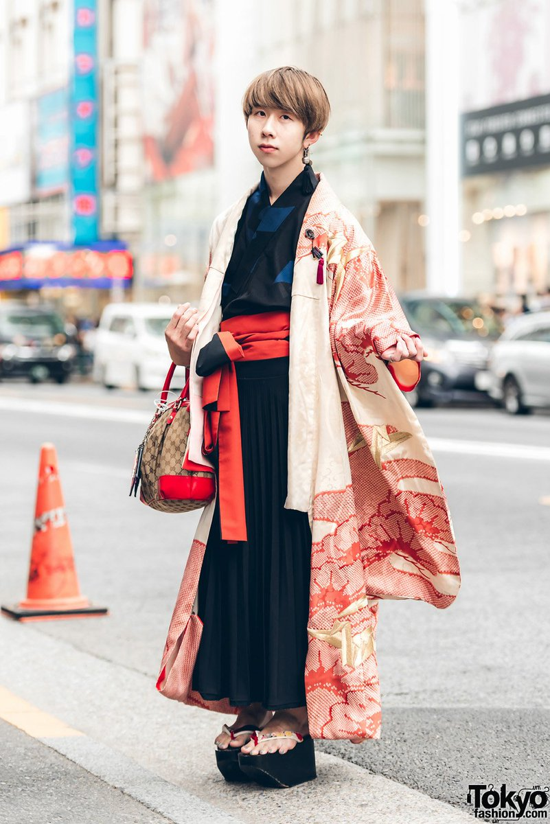 94c68fc1dba 20 year old meiji in harajuku wearing a kimono street style with geta  sandals and gucci