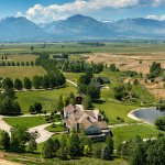 The Listings of the Week: A 17-Acre Estate in Montana, a Victorian Home with Its Own Walled Garden and More https://t.co/ZCqHxmq7R0