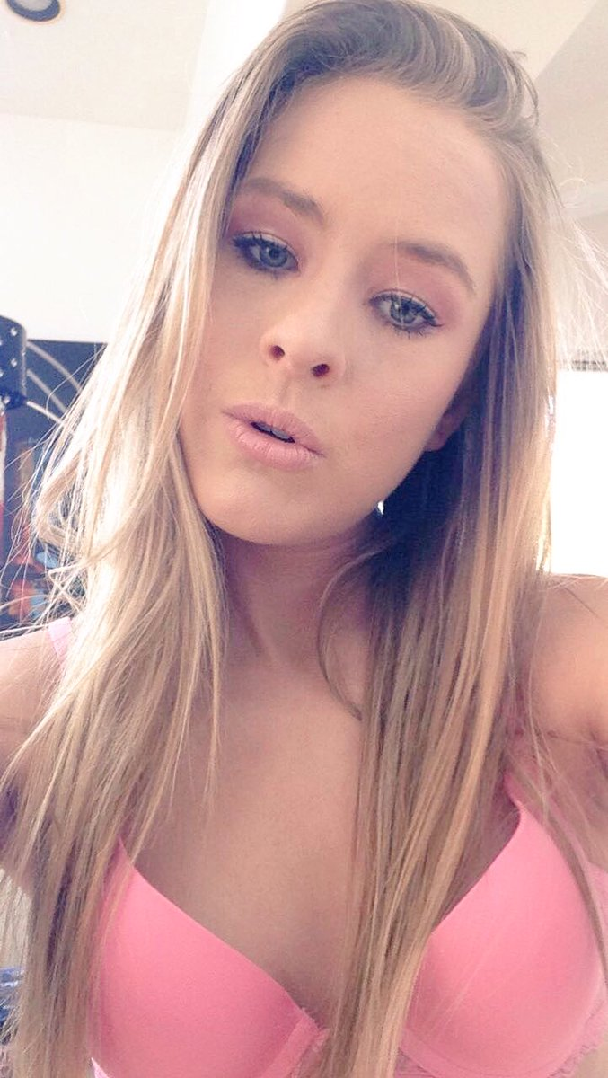 Lilly Ford Nude Photos 78