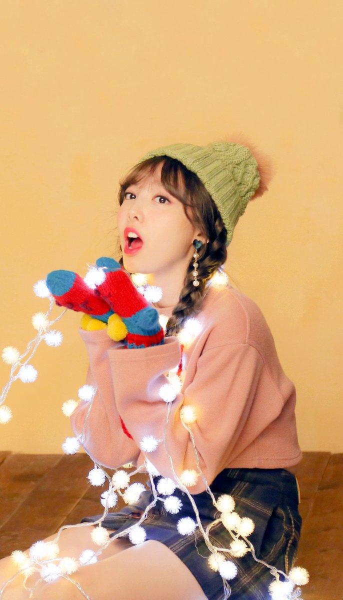Hye U 혜유 On Twitter Wallpaper Heart Shaker Behind
