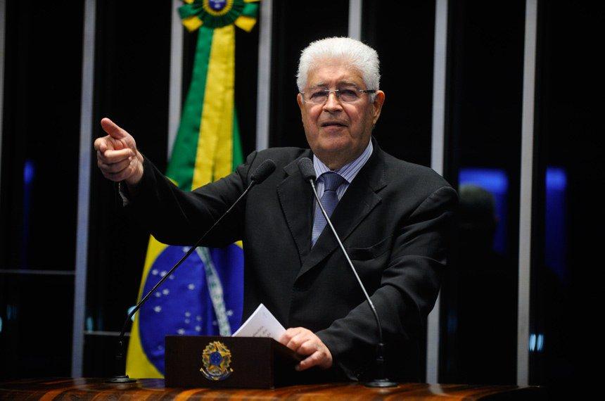 RT @luisnassif: Renan Calheiros e Lindbergh defendem Requião como vice de Lula, diz portal https://t.co/t7fKQM77DL https://t.co/Sovzsm7r93
